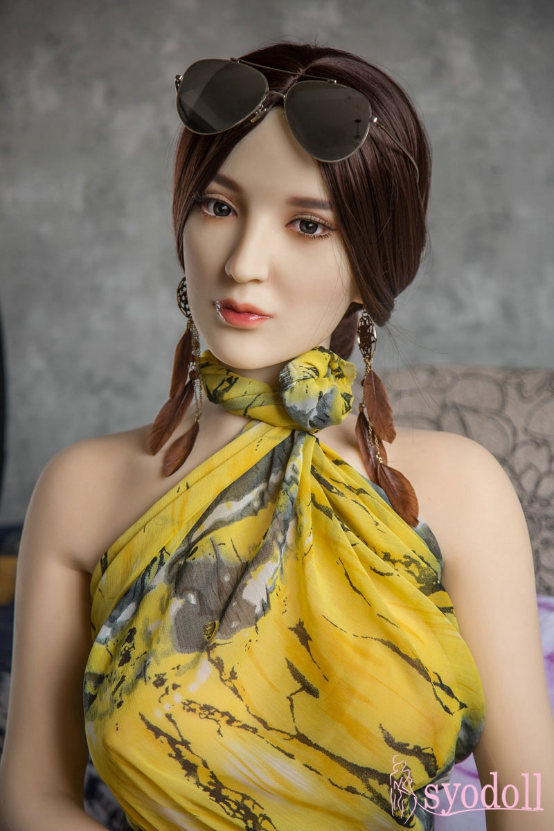 Quincy Sex doll