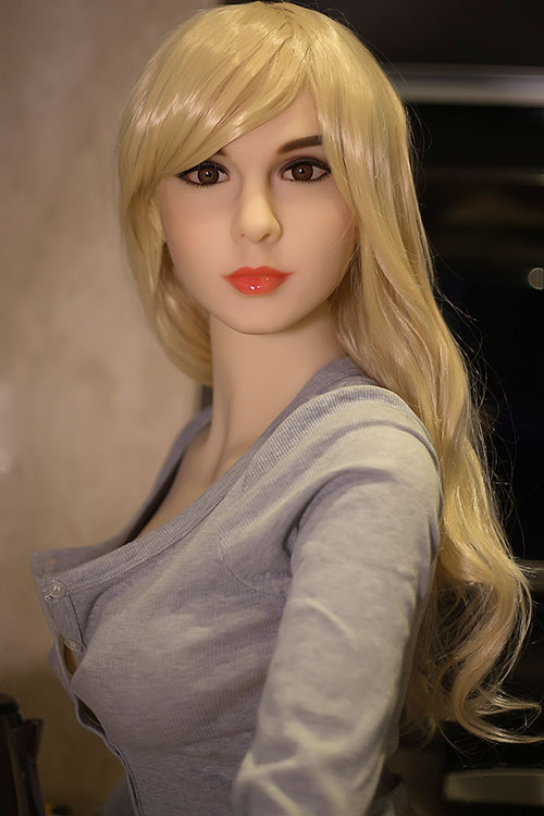 Premium doll Therese